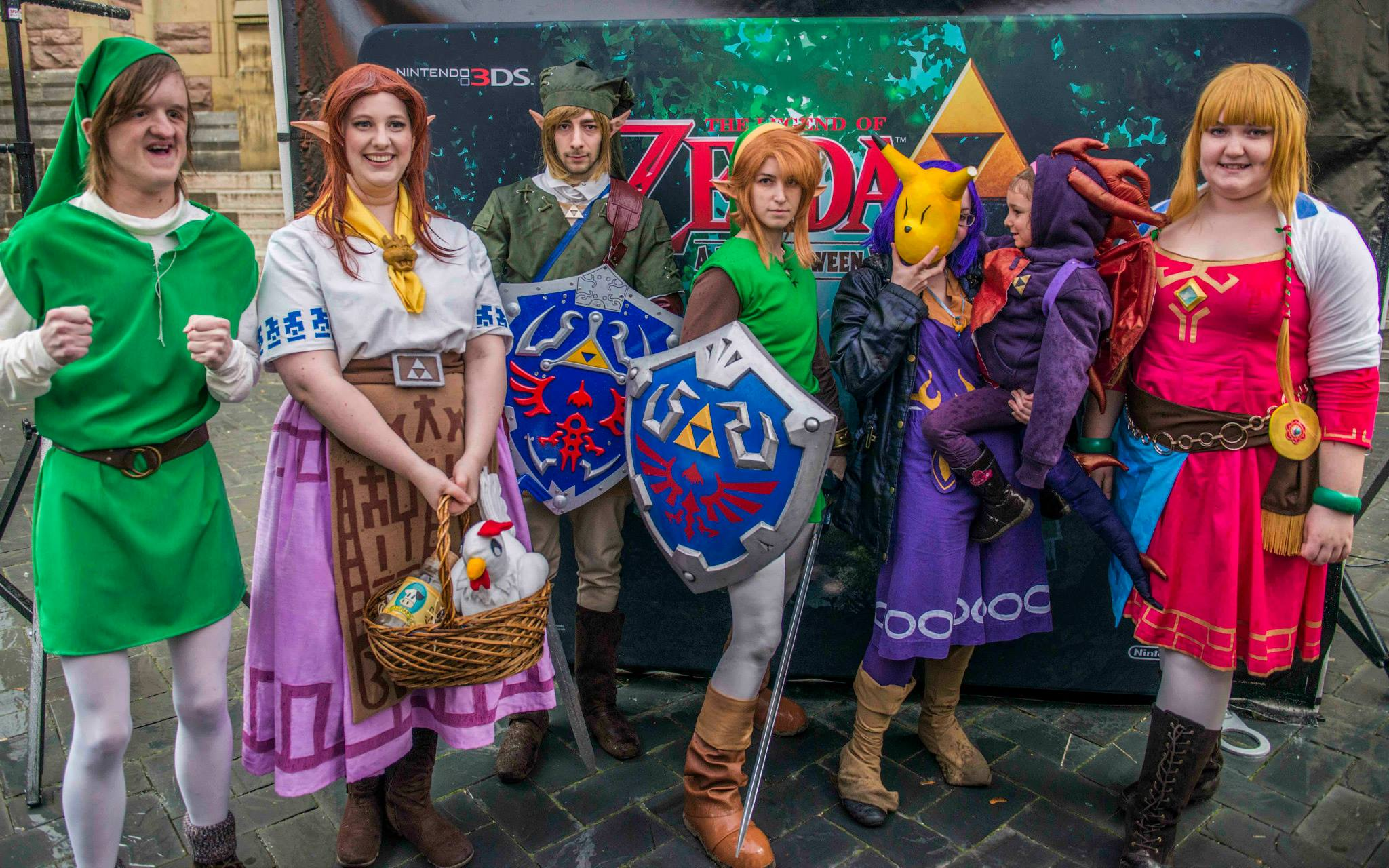 Pikmin Link_Cosplayers